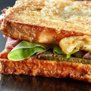leckeres-gegrilltes-sandwich